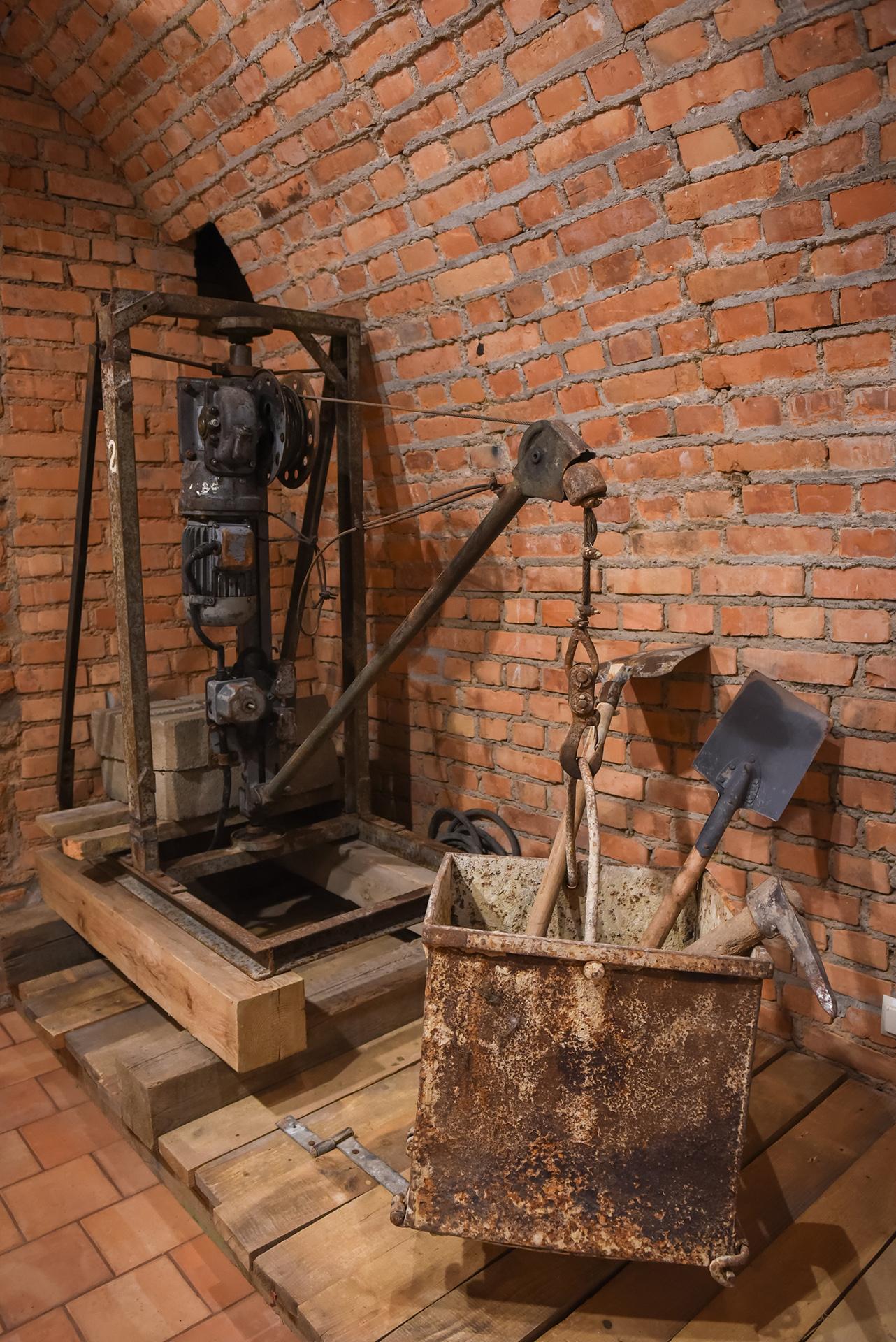 Stara maszyna do wyciągania